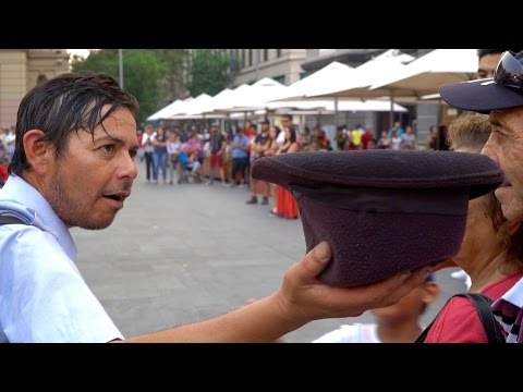 AMAZING Chinchinero Drummers at Plaza de Armas!