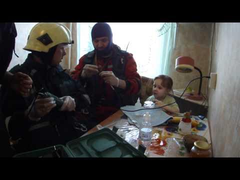 Смотреть Питерские спасатели и чудный ребёнок. онлайн