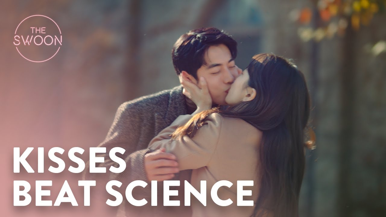 Download Suzy outsmarts Nam Joo-hyuk's logic with a kiss | Start-Up Ep 16 [ENG SUB]