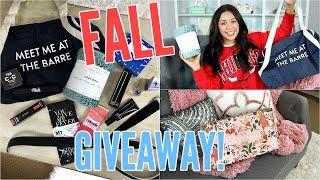 GIVEAWAY! FALL FABFITFUN BOX! LIFESTYLE, FITNESS, BEAUTY, & FASHION! |OPEN| thumbnail