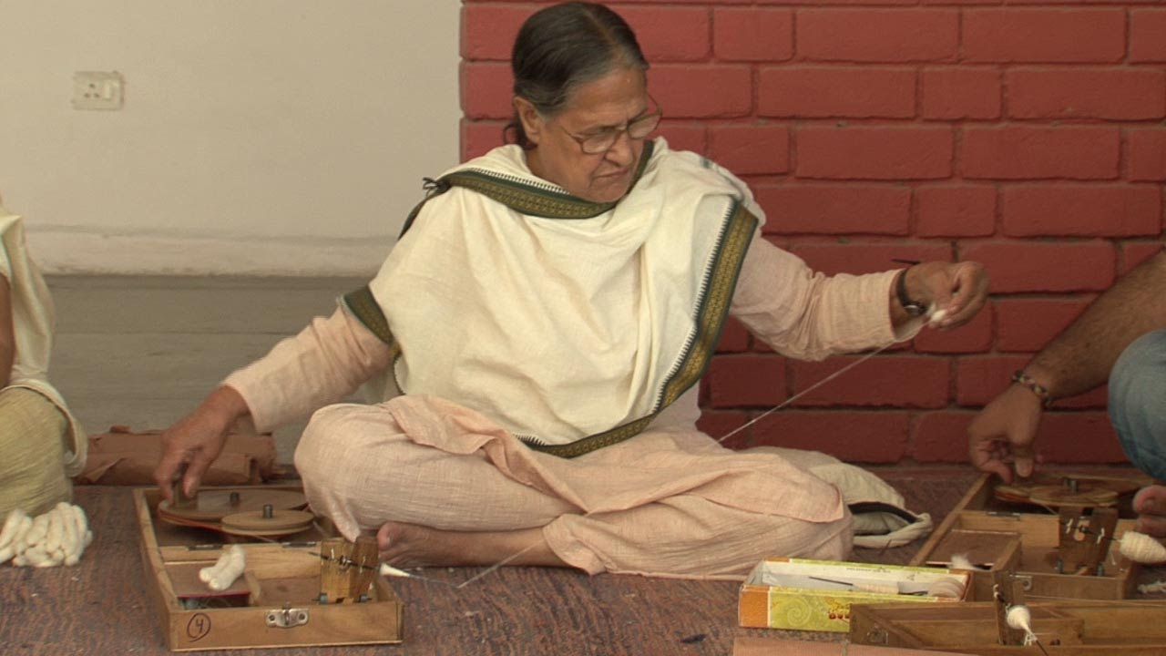 Why this 75-year-old teaches Charkha spinning to college students