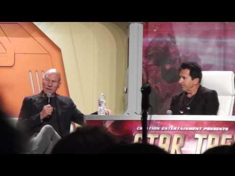 Patrick Stewart at the 2017 Star Trek Convention