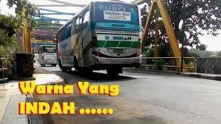Bus Budiman Melewati Jembatan Warna- Warni