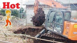 古民家の解体工事現場2 日立 ショベルカー はたらくくるま thumbnail