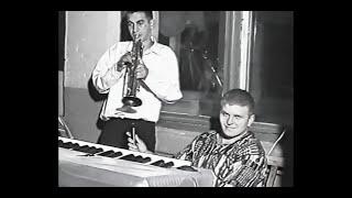Выпуск 1999 г. ср.шк.№2 , с. Чобручи  часть 4