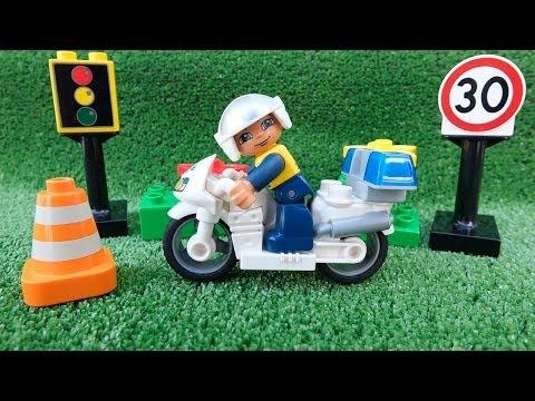 ✿ Машинки на дороге - Лего полицейский - Полезные игры