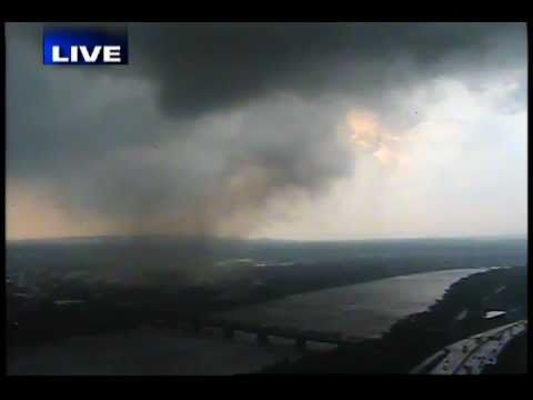 Tornado in Springfield Massachusetts, live on CBS 3 Springfield