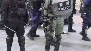 区选一周后港民再次举行示威 警方发射催泪弹