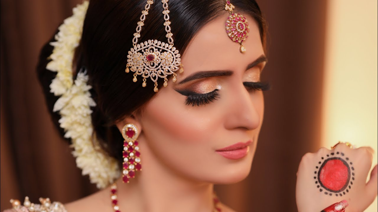 Kaneeze Zainab | famous Darama Baandi    Walima makep tutorial | soft look