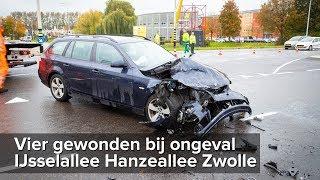 Vier gewonden bij ongeval IJsselallee Hanzeallee Zwolle - ©StefanVerkerk.nl