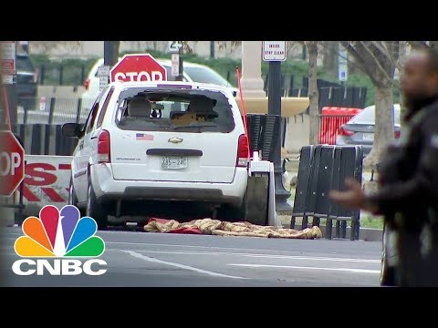 Drivers Strikes Security Barrier Near White House | CNBC