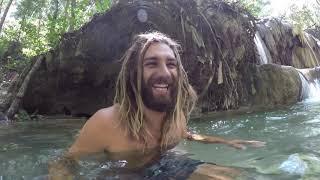 Exploring Moyo island (Sumbawa) and swimming in a magical waterfall (Sailing on Paradise E12)