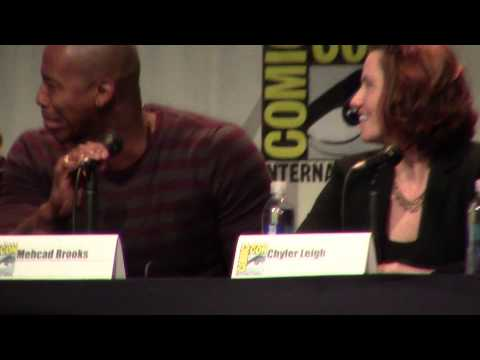 Supergirl's Mehcad Brooks s Off HIs Abs at San Diego Comic Con 2015