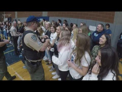 Hockinson High School teens given kindness citations