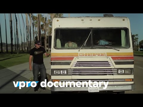California Dreaming - The bankrupt Golden State - (vpro backlight documentary - 2010)