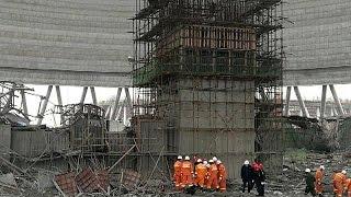 شاهد.. لحظات انهيار برج تبريد بالصين يتسبب في مصرع 40 شخص