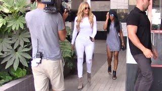 Khloe Kardashian Dressed In All White Seeks The Spiritual Healing Of Crystals