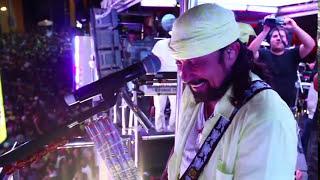 Encontro de Trios - Oito7Nove4 & Chiclete com Banana - Carnaval 2012