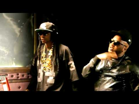 "Young Jeezy & 2 Chainz on the set of ""RIP"""