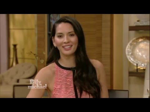 Olivia Munn Reads Her Mom's Texts on Kelly and Michael