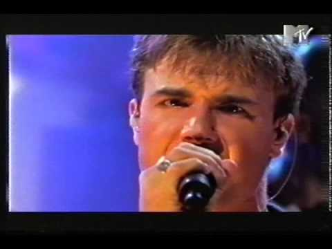 Gary Barlow on MTV Live & Loud - 1998