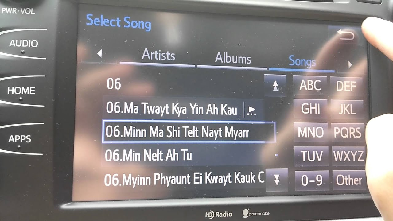 toyota usb music format Toyota Entune Play Music from USB drive - YouTube