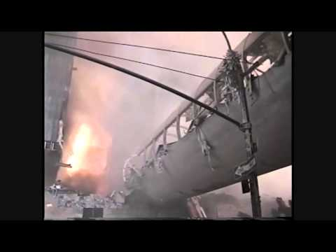 9/11 WTC 7 Footbridge And Promenade Vesey Street Damage Before Collapse