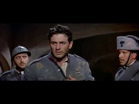 """Carlo Pedersoli (Bud Spencer) in """"Addio alle armi"""" (1957)"""