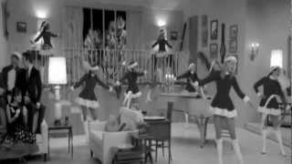 Glee - Christmas Wrapping (Official Video) Brittany (Heather Morris) - YouTube.mp4