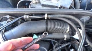 Замена подающего шланга рейки форсунок Audi a4