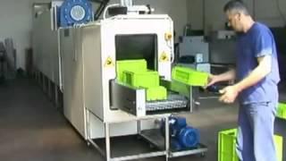 Lavadora túnel para limpieza de cajas de plástico - lavadora industrial