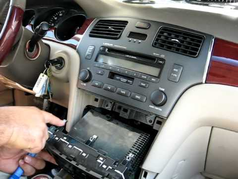 How to Remove Radio / CD Changer from 2002 Lexus ES300 for Repair.