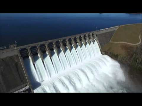 Lake Hartwell Dam water release