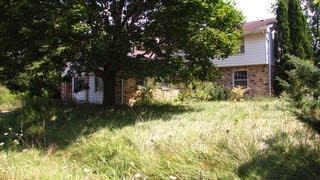 Urbex: Nice Large ABANDONED HOUSE