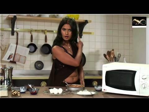 Savita bhabhi ka naya Avatar - Hot & Sexy New Year Tips - 동영상