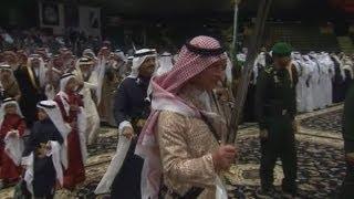 Prince Charles dances with sword in Saudi Arabia