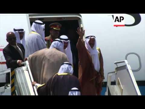 Kuwaiti Emir meets Iran FM in landmark visit