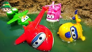 Rescue the Super wings. Find Super Wings in a puddle of water.