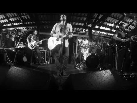 Daniel Lima - Kisses Await - Live
