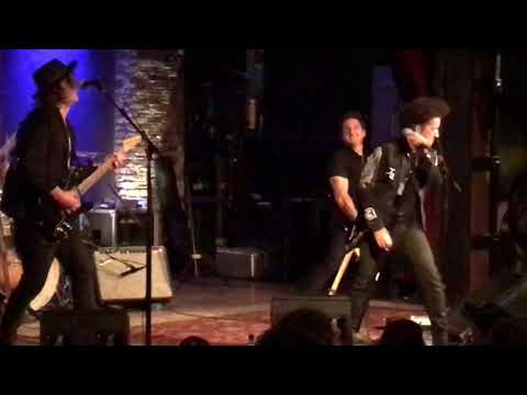 Willie Nile Heaven Help the Lonely 10/10/17 NYC