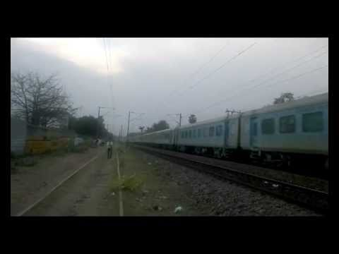 [IRFCA] 12034 Kanpur Shatabdi trying to...