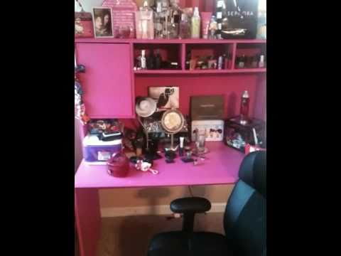 Hot Pink Vanity make up tour