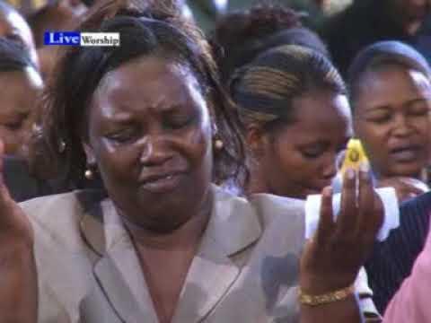 Apostle James M Ng'ang'a - Hakuna Mungu Mwingine Worship Music