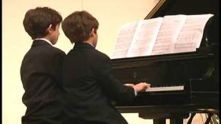 Ben & Jordan Gottesman Piano Duet - America
