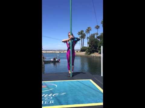 Cirque de la Mer Acro Poles 2015