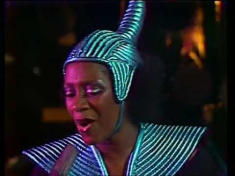 Patti LaBelle, Labelle Lady Marmalade 09/03/1975 Live Performance
