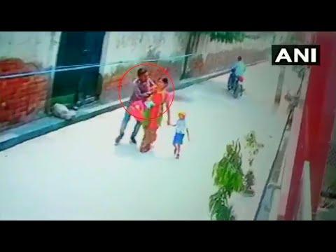 Delhi chain-snatching incident caught on CCTV, investigation underway