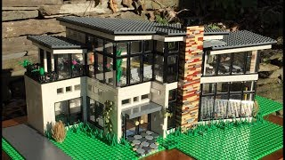 Ultra Modern LEGO Mansion!