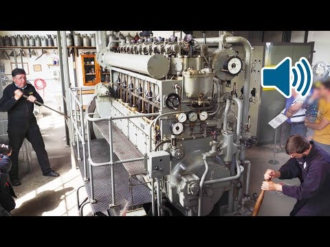 Start Up of a WW2 Submarine Diesel Engine of a German UBoat 🔊