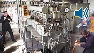 Download Video Start Up of a WW2 Submarine Diesel Engine of a German U-Boat 🔊 MP3 3GP MP4